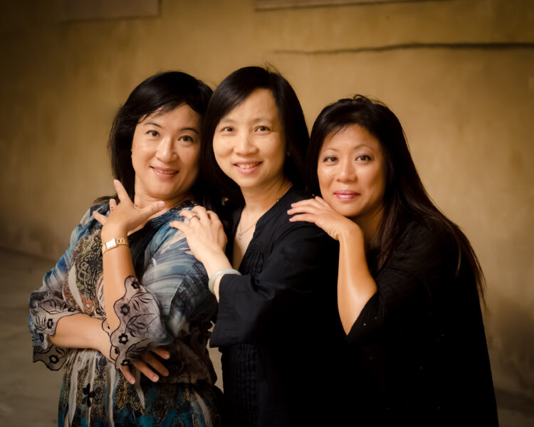 A portrait of 3 sisters in Italy
